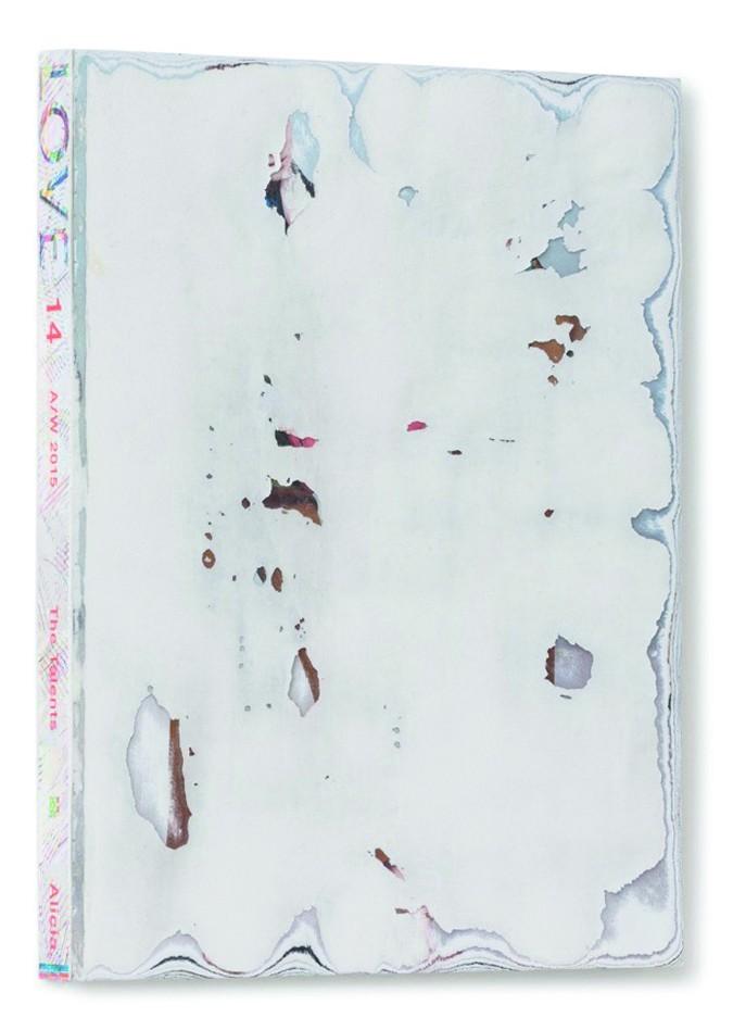 Art Alarm – Martin Bruno Schmid, Facepeeling (LOVE), 2016, Lifestyle-Magazin (LOVE, 14 A/W 2015) mit abgeschliffenem Titelblatt, 30 x 23 x 2,5 cm, Foto: Frank Kleinbach